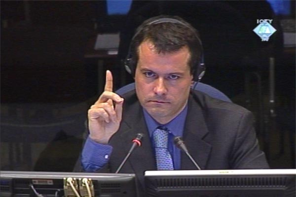 Yves Tomic, witness in the Seselj trial